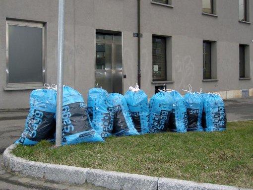 cosas gratis por el mundo tirar basura suiza