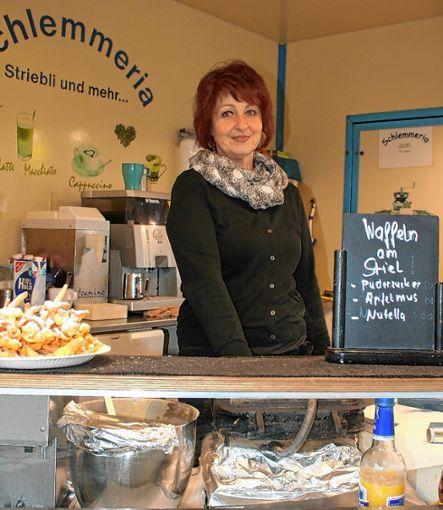 Nicole Supplie kennt den Kanderner Markt schon sehr lange. Foto: Weiler Zeitung