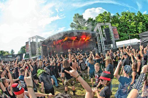 Die Metal Maniacs Markgräflerland bieten wieder internationale Szenegrößen auf der Dreiländergarten-Bühne.    Fotos: zVg/Thomas Gröschel – trvelove.de Foto: Weiler Zeitung