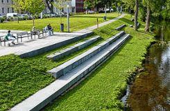 So kann die Rheinuferpromenade gestaltet werden.   Visualisierungen: Faktorgrün Foto: Weiler Zeitung