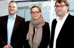 Das Siegerteam im Steg-Wettbewerb waren (von links): Frank Miebach, Inga Hahn und Joachim Swillus.  Archivfoto: Ulf Körbs Foto: Die Oberbadische