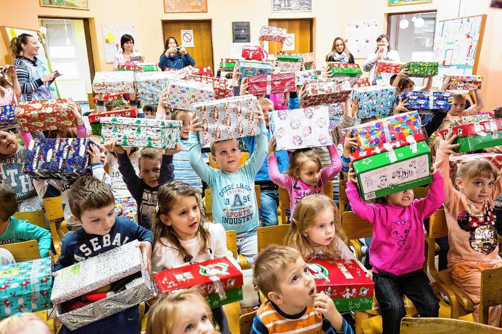 Schuhkarton Weihnachten.Schopfheim Weihnachten Im Schuhkarton Startet In Die 22