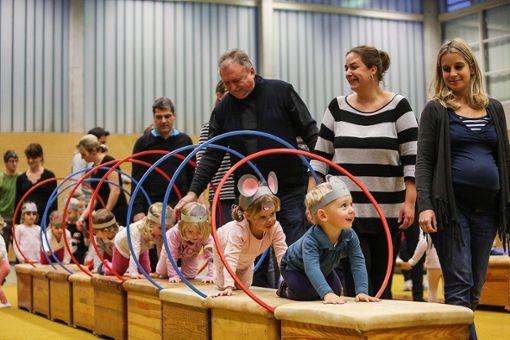 Das größte Event der TuS-Turner ist die Nikolausfeier in der Neumatthalle.   Foto: Kristoff Meller Foto: Die Oberbadische