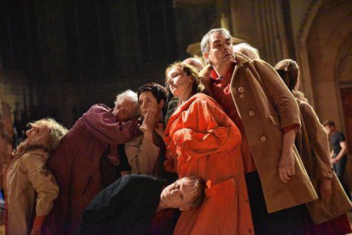 "Szene aus ""Tropfenfänger"" des Ensembles ""vis à vie""   Fotos: zVg Foto: Markgräfler Tagblatt"
