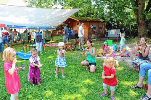 Kleine und große Besucher lockte der Tag der offenen Tür im Familienzentrum an.    Foto: Anja Bertsch Foto: Markgräfler Tagblatt