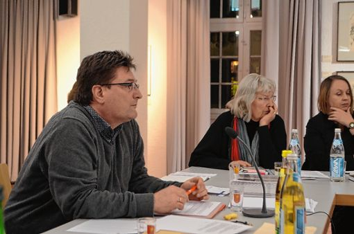 Hebelbund-Präsident Volker Habermaier blickte auf das Jahr 2017 zurück.   Foto: Susann Jekle Foto: Die Oberbadische