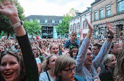 Das Publikum feierte am Freitagabend Max Giesinger. Foto: Die Oberbadische