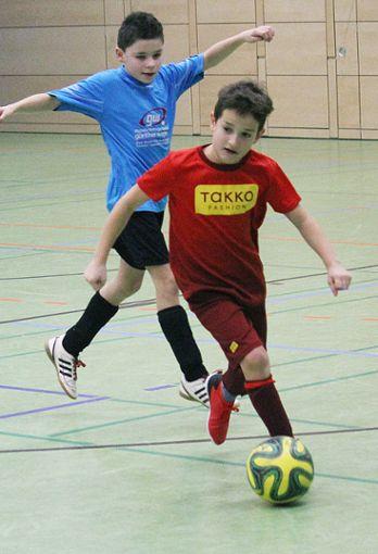 Spannende Spiele in Zell.     Foto: Gerd Lustig Foto: Die Oberbadische