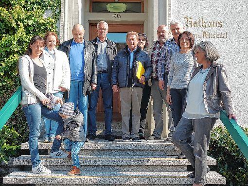 Bürgermeister Bühler sollten am Freitag die Unterschriften für ein neues Bürgerbehren übergeben werden, doch das Gemeindeoberhaupt weilte in Lörrach.   Foto: Hans-Jürgen Hege Foto: Markgräfler Tagblatt