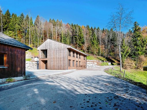 Der schmucke Forststützpunkt in Hasel erhielt eine architektonische Auszeichnung. Foto: zVg