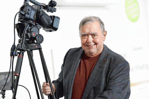 Arbeitet an der professionellen Produktion eines Films über Grenzach-Wyhlen: Filmemacher Gusty Hufschmid.   Foto: Juri Junkov Foto: Die Oberbadische