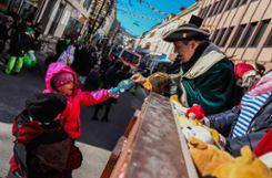 Impressionen des Kinderumzugs der Narrengilde Lörrach. Foto: Kristoff Meller Foto: mek