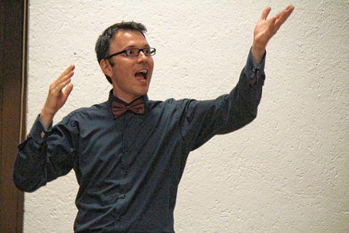Dirigent mit Erfahrung und Schwung: Krastin Nastev. Foto: Markgräfler Tagblatt