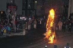 Mit der Verbrennung von Frau Fasnacht gingen die närrischen Tage in Zell zu Ende. Foto: Markgräfler Tagblatt