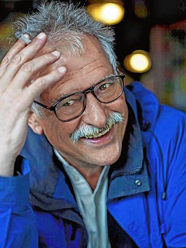 Hansjörg Schneiders hat  kurz vor seinem 80. Geburtstag seine Autobiografie herausgegeben.    Foto: zVg Foto: Die Oberbadische