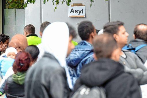 Der Zustrom an Asylsuchenden in den Landkreis  hat deutlich abgenommen. Im nächsten Jahr soll es nach dem Willen des Kreises nur noch drei Gemeinschaftsunterkünfte geben. Foto: Archiv