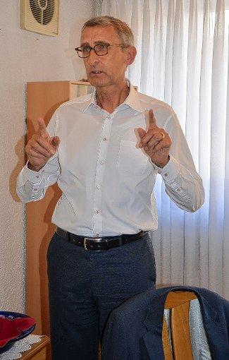 Der christdemokratische Bundestagsabgeordneter Armin Schuster berichtete bei der CDU-Senioren-Union über aktuelle Themen aus dem deutschen Bundestag.   Foto: Martina Weber-Kroker Foto: Die Oberbadische