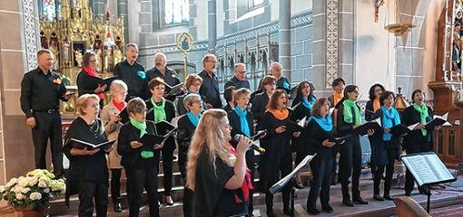 Bereichert am Pfingstsonntag den Festgottesdienst: der Todtnauer Gospelchor.    Foto: zVg Foto: Markgräfler Tagblatt