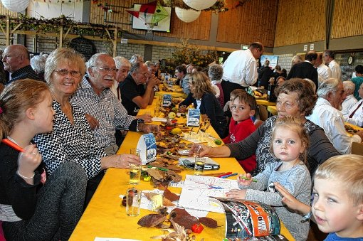 Das Herbstfest in Wollbach war gut besucht.   Foto: Ralph Lacher Foto: Weiler Zeitung