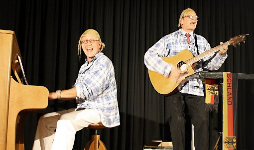 Ulrich Eißner und Arnd Stephan (v.l.) in der Alten Halle Haagen.   Foto: Markus Greiß Foto: Die Oberbadische