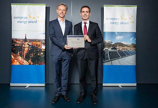 Michael Wilke (l.) und Jörg Lutz bei der Verleihung des European Energy Awards®              Foto: zVg/Philipp Schmidli Foto: Die Oberbadische