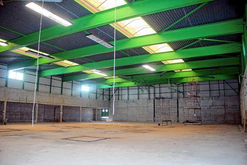 Die Steinener Sporthalle wird gegenwärtig saniert. Über den Fortschritt der Arbeiten wurde am  der Bau- und Umweltausschuss des Gemeinderats informiert.     Foto: Anja Bertsch Foto: Markgräfler Tagblatt