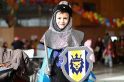 """Lukas (7 Jahre): """"Ich habe mich schon oft als Ritter verkleidet, weil ich das Kostüm mit dem Schwert toll finde. Aber mit Rittern spiele ich nicht gerne."""" Foto: Kristoff Meller Foto: mek"""
