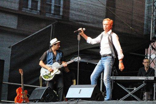 Energiebündel auf der Bühne: Peter Kraus.  Fotos: Hans-Jürgen Hege Foto: Markgräfler Tagblatt