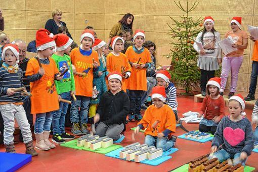 Gesangsqualitäten bewiesen die Schüler der Angenbachtalschule. Foto: M. Rümmele