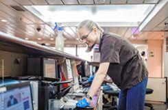 Saubermachen: Mit ihrer Arbeit im Housekeeping half Malena Hinrichs dem ganzen Schiff. Foto: Markgräfler Tagblatt