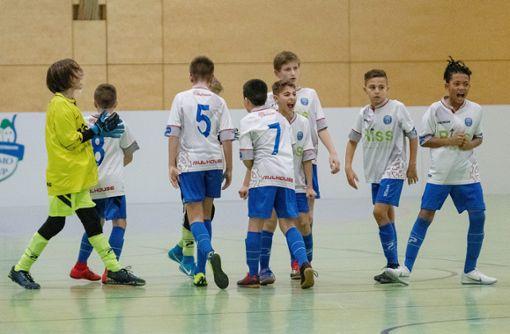 Die Spieler des FC Mulhouse freuen sich über den Turniererfolg. Foto: zVg