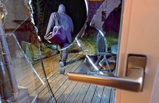 Verstärkte Kontrollen sollen Einbrecher abschrecken und Taten verhindern.   Foto: sba Foto: Weiler Zeitung