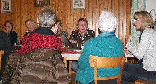 Angeregt diskutiert wurde beim SPD-Themenabend zum Älter werden.     Foto: Alexandra Günzschel Foto: Weiler Zeitung