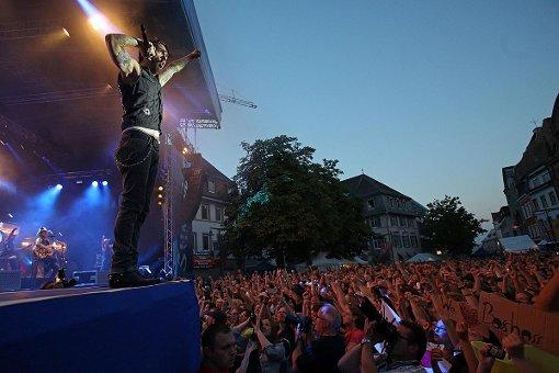 Impressionen vom Konzert mit BossHoss und The Graveltones auf dem Lörracher Marktplatz. Fotos: Kristoff Meller Foto: Kristoff Meller