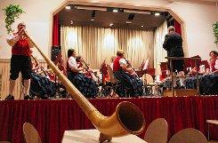 Ein breites Repertoire bot die Hebelmusik beim Konzert am Samstagabend.   Fotos: Anja Bertsch Foto: Markgräfler Tagblatt