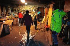 Wasser auspumpen und Großreinemachen  war auch in diesem Haus in Bürchau angesagt. Foto: Markgräfler Tagblatt