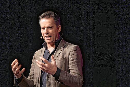 Glänzte mit seinem neuen Kabarettprogramm: Uli Boettcher      Foto: Gerd Lustig Foto: Die Oberbadische