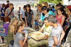 Ein buntes, fröhliches Miteinander prägte das große Fest des Stadtteilvereins in Friedlingen. .   Fotos: Joachim Pinkawa Foto: Weiler Zeitung