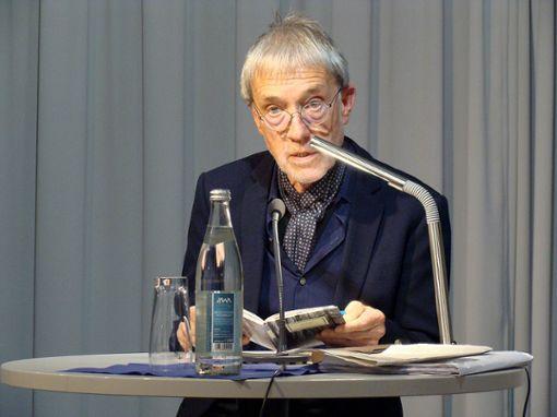 Urs Faes las auf Einladung des Hebelbunds.  Foto: Gebauer Foto: Die Oberbadische