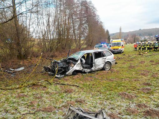 Kandern: Tödlicher Autounfall bei Riedlingen - Kandern - Verlagshaus ...