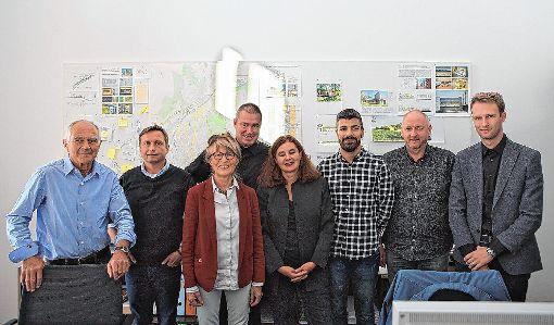 Die Mitarbeiter des Architekturbüros Wilhelm und Hovenbitzer hatten allen Grund zu feiern.   Foto: Kristoff Meller Foto: Die Oberbadische