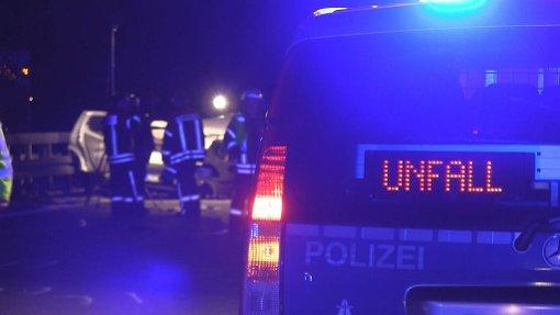 Nach einem Unfall im Kreis Schwäbisch Hall sucht die Polizei nach dem Unfallverursacher. Er war mit einem Klein-Lkw mit RW-Kennzeichen unterwegs. (Symbolfoto) Foto: Nonstopnews