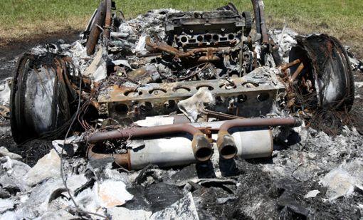 Ein ausgebranntes Auto   (Symbolbild) Archivfoto: Meller Foto: Die Oberbadische