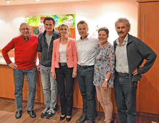 Das alte und das neue Vorstandsteam: (von links) Jürgen Weyh, Klaus Brutschin, Ines Niederschuh, Jens Kröger, Heike Schmarje und  Christof Schwald.   Foto: zVg Foto: Markgräfler Tagblatt