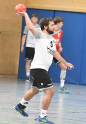Lukas Hopp trifft morgen in heimischer Halle mit der HSG Dreiland auf Schlusslicht SG Allensbach/Dettingen-Wallhausen. Foto: Mirko Bähr