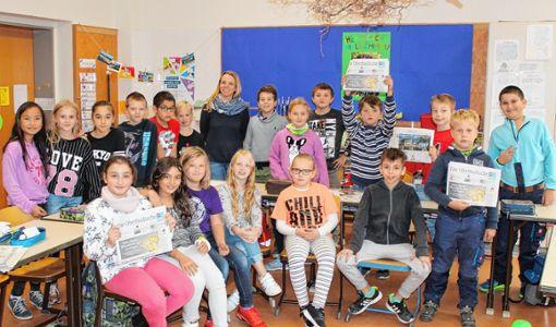 Interessiert bei der Sache: die Klasse 4b der Hebelschule mit Klassenlehrerin Simone Ahlf. Foto: Bernhard Konrad Foto: Die Oberbadische