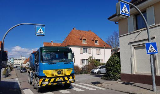 Auf der Turmstraße sind laut Verwaltung aktuell täglich 5700 Fahrzeuge unterwegs – zu wenig, um einschreiten zu können.   Foto: Marco Fraune Foto: Weiler Zeitung