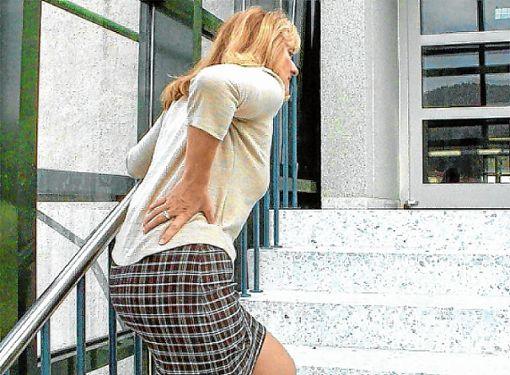 Rückenleiden sind laut AOK im Landkreis Lörrach seit Jahren auf dem Vormarsch.   Foto: Archiv Foto: Die Oberbadische