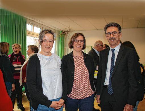 Bei der Einweihung des neuen Seniorenbüros (von links): Dagmar Stettner, Karin Racke und Jürgen Sänger.    Foto: Werner Müller Foto: Markgräfler Tagblatt