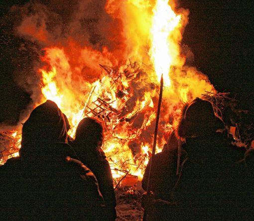 Die Fasnachtsfeuer lodern wieder.   Foto: wz Foto: Weiler Zeitung
